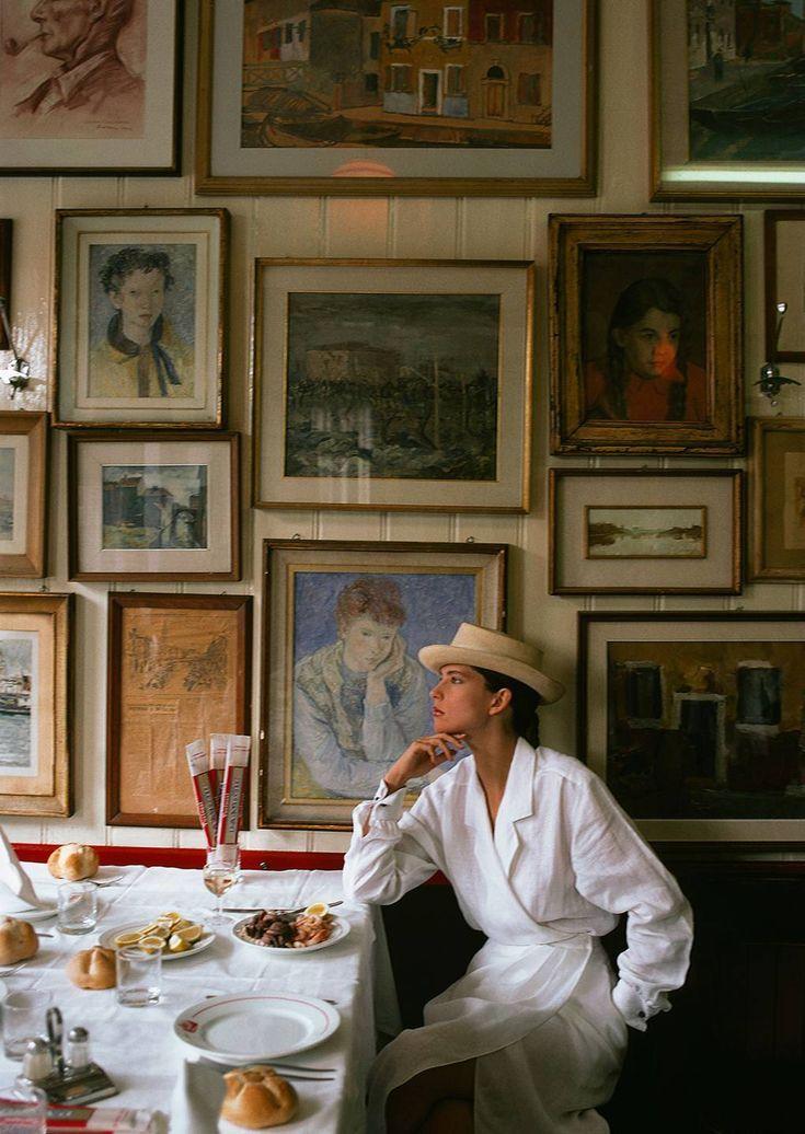 Die dramatischsten Interieurs aus dem Vogue-Archiv #countryhousedecor