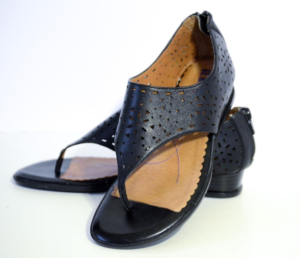 7be98fe00ad Clarks Indigo Canal Street Thong Sandals Black Perf Leather Demi Wedges 6M   Clarks  thongWedges