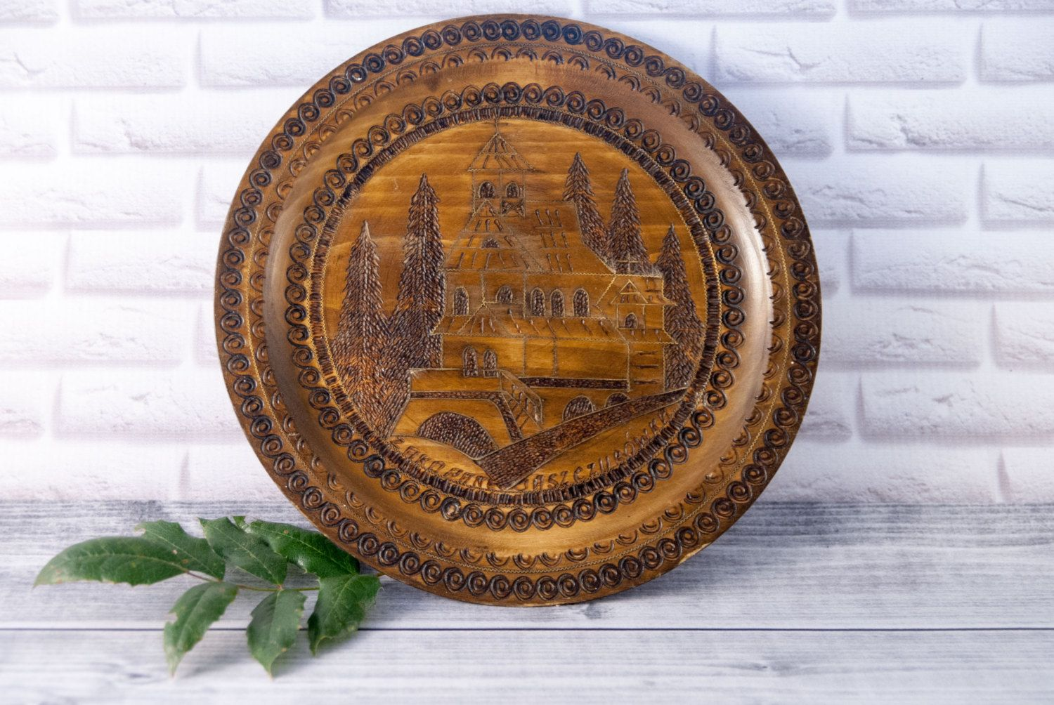 Handmade Decorative Wooden Plate With Brass Ornament Wall