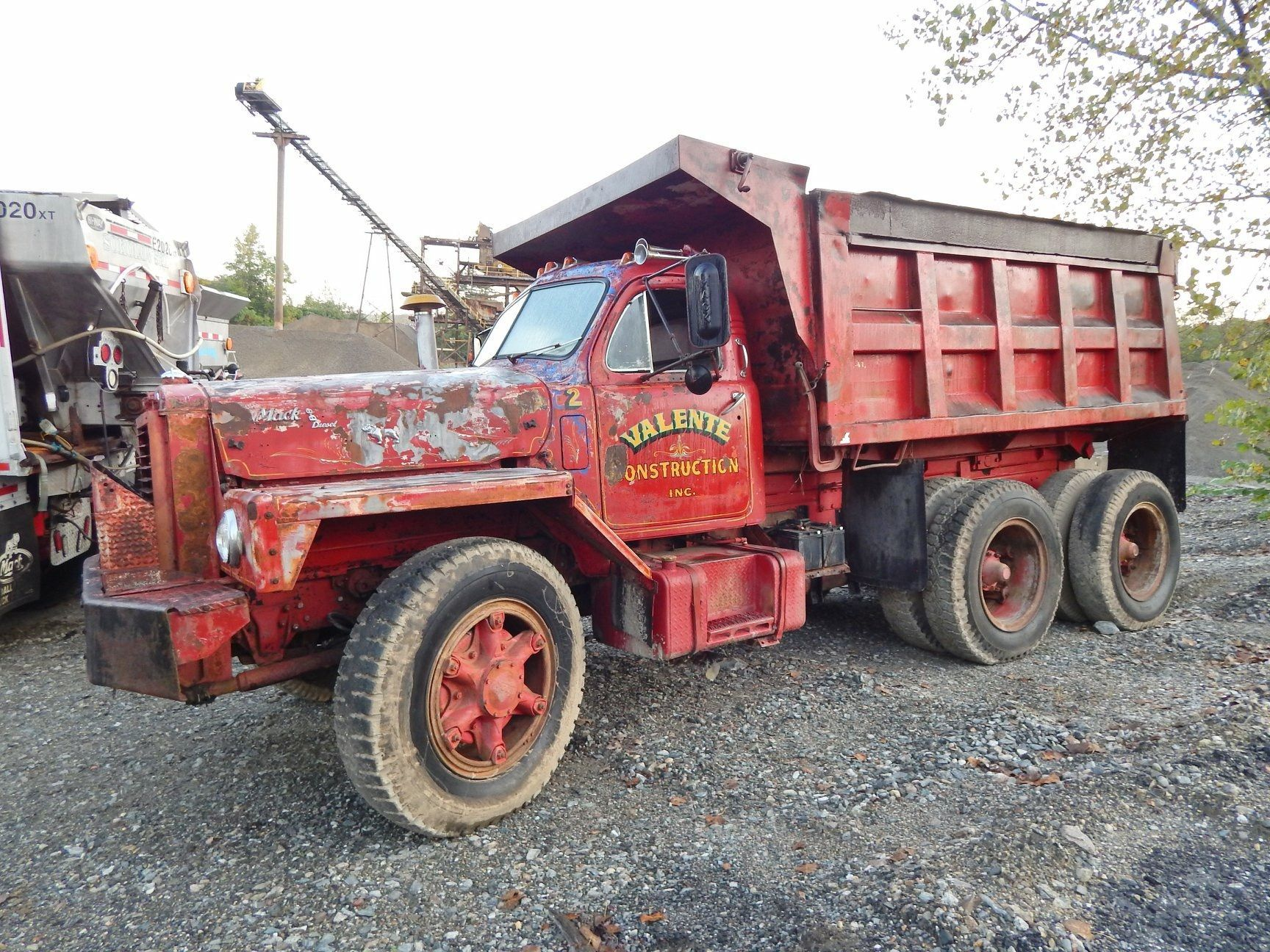 Valente Construction Mack 10 Wheeler Mack Trucks Dump Trucks Heavy Truck