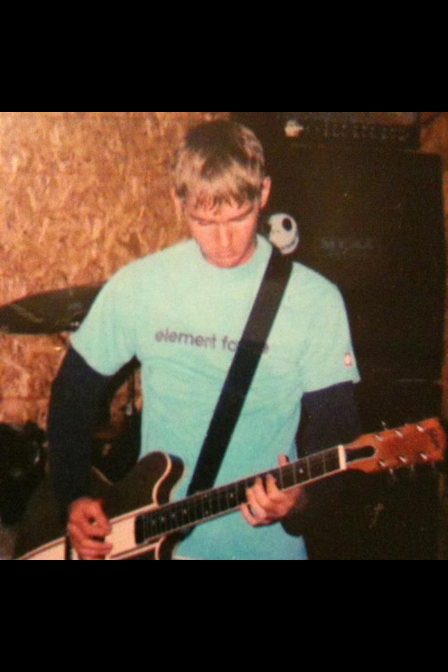 almost 10 years ago with what gibson told guitar center was the gibson tom delonge