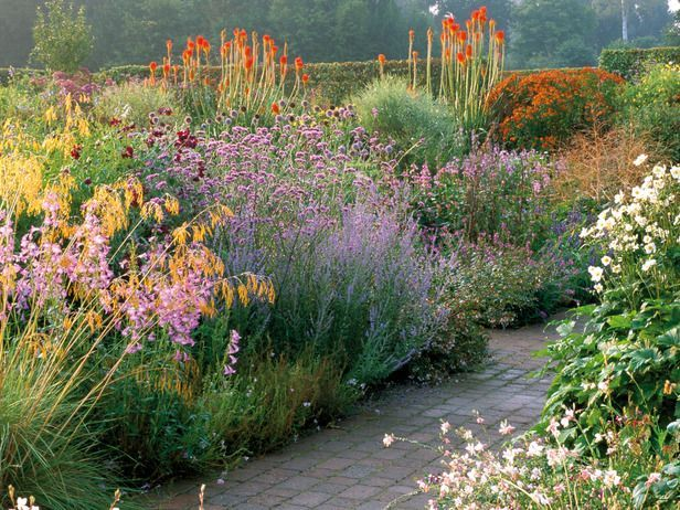 Perennial Beds In A French Country Garden Gardening For The Soul - French country garden