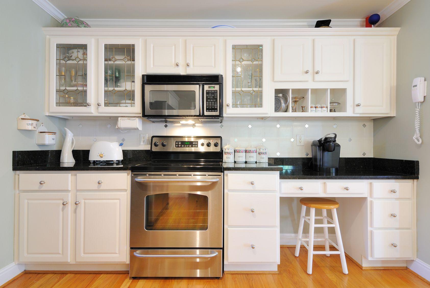 Einzeilige Küche moderne einzeilige küche im landhausstil landhaus küchen