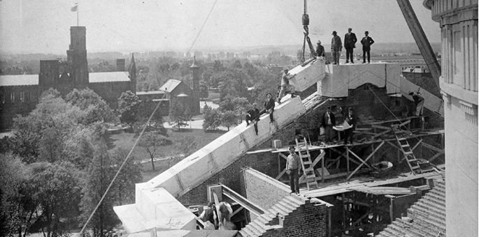 National Museum of Natural History. Setting the final stone in the arch over the south porch overlooking the National Mall, 1909  Photo from the Smithsonian Institution Archives