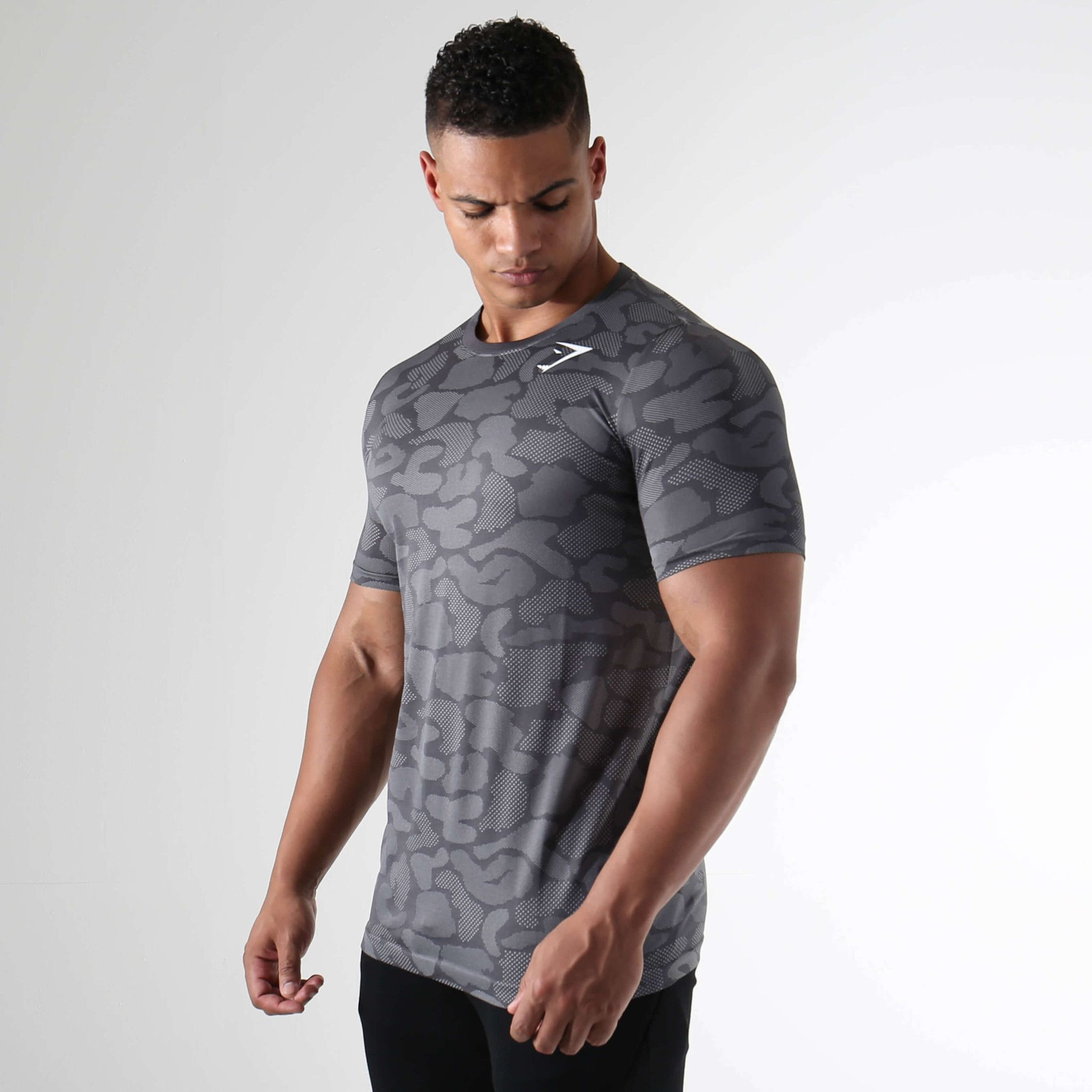 Gymshark Seamless Stealth T-Shirt - Charcoal