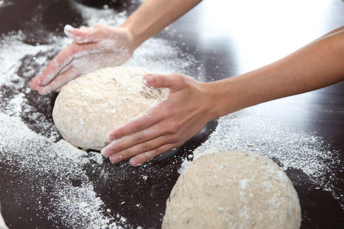 Ava Celik Brot