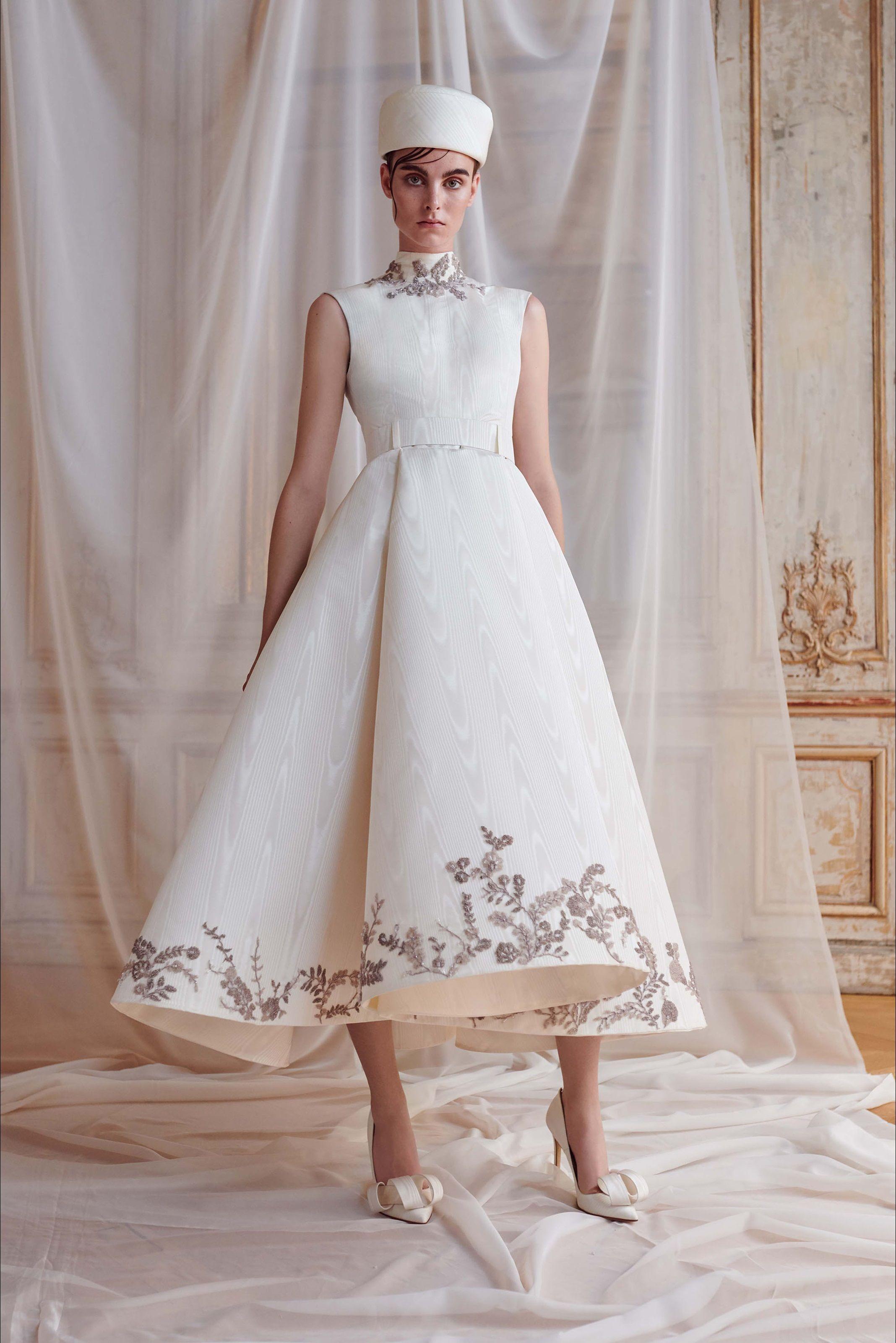 491794a64511 Ashi Studio Parigi - Haute Couture Fall Winter 2018-19 - Shows - Vogue.it