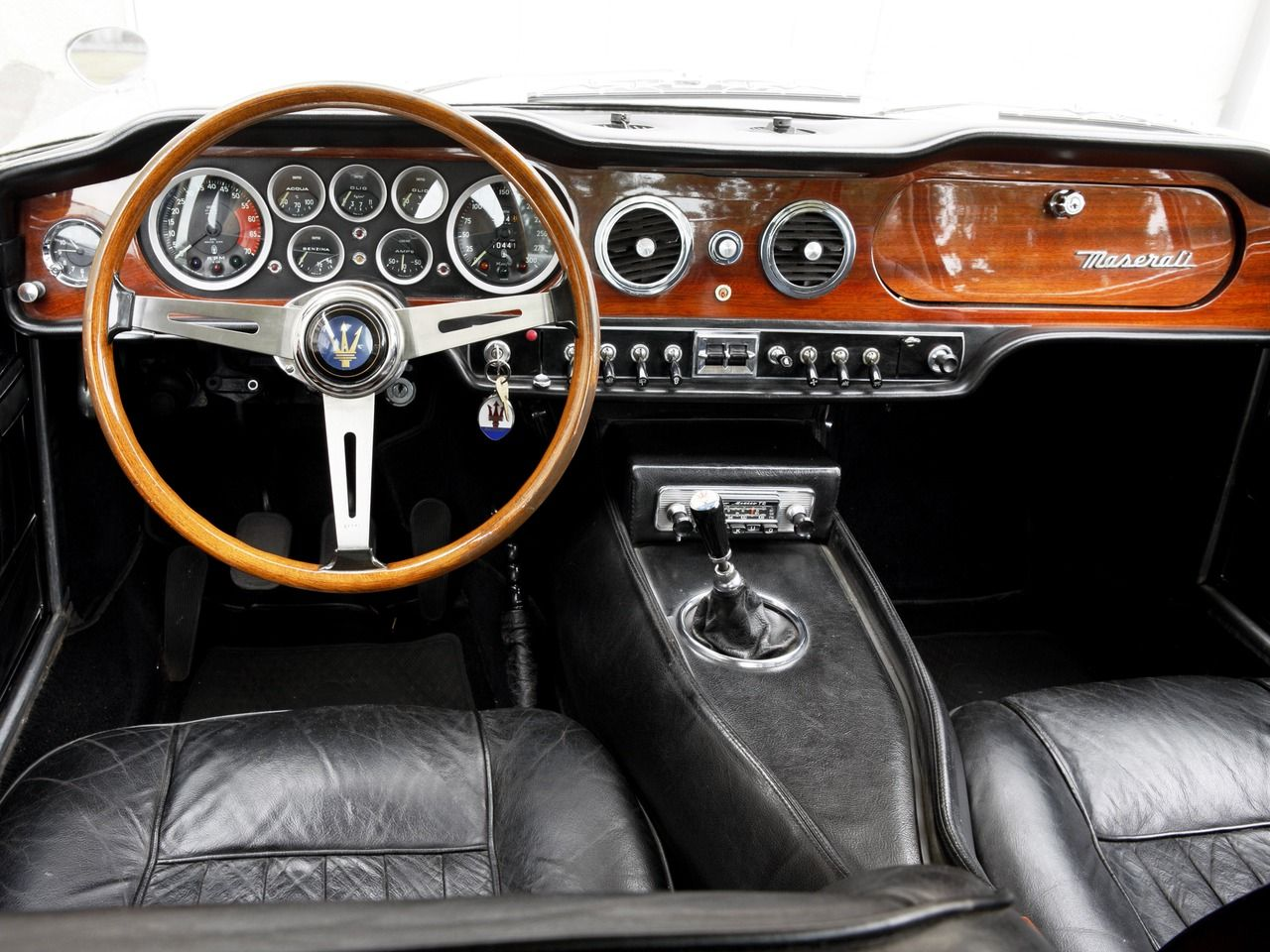 1966 maserati classic vintage collection sportscars cars car interior fancy classy. Black Bedroom Furniture Sets. Home Design Ideas