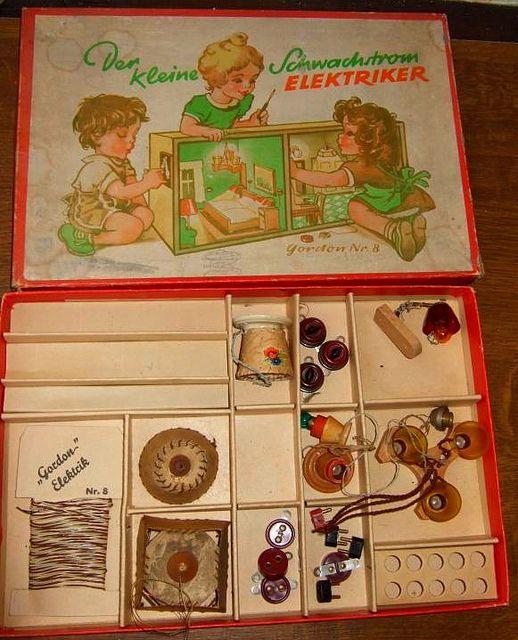 Der kleine Schwachstrom Elektriker 2 | Puppenstube, Möbel und Kleider
