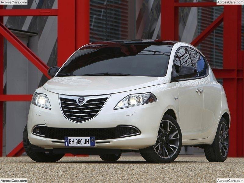 Chrysler Ypsilon 2012