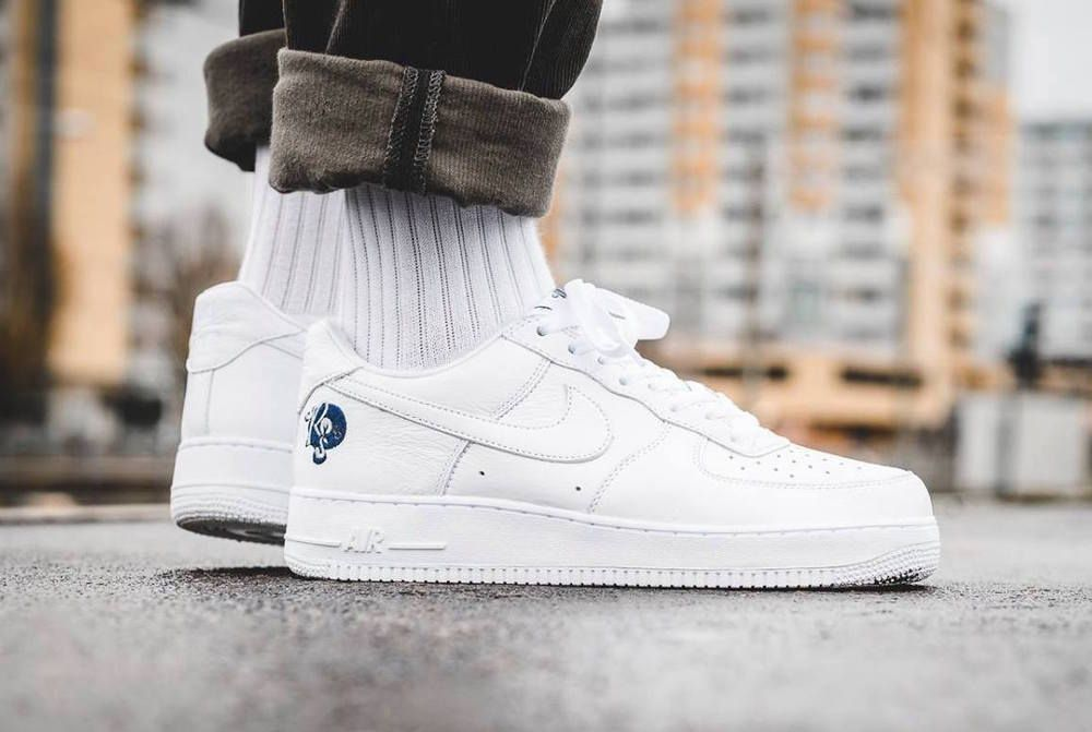4e16083397ee eBay  Sponsored Nike Air Force 1 x Roc-a-Fella Records UK8.5 US9.5 EU43  White ROC AF1 Jay Z