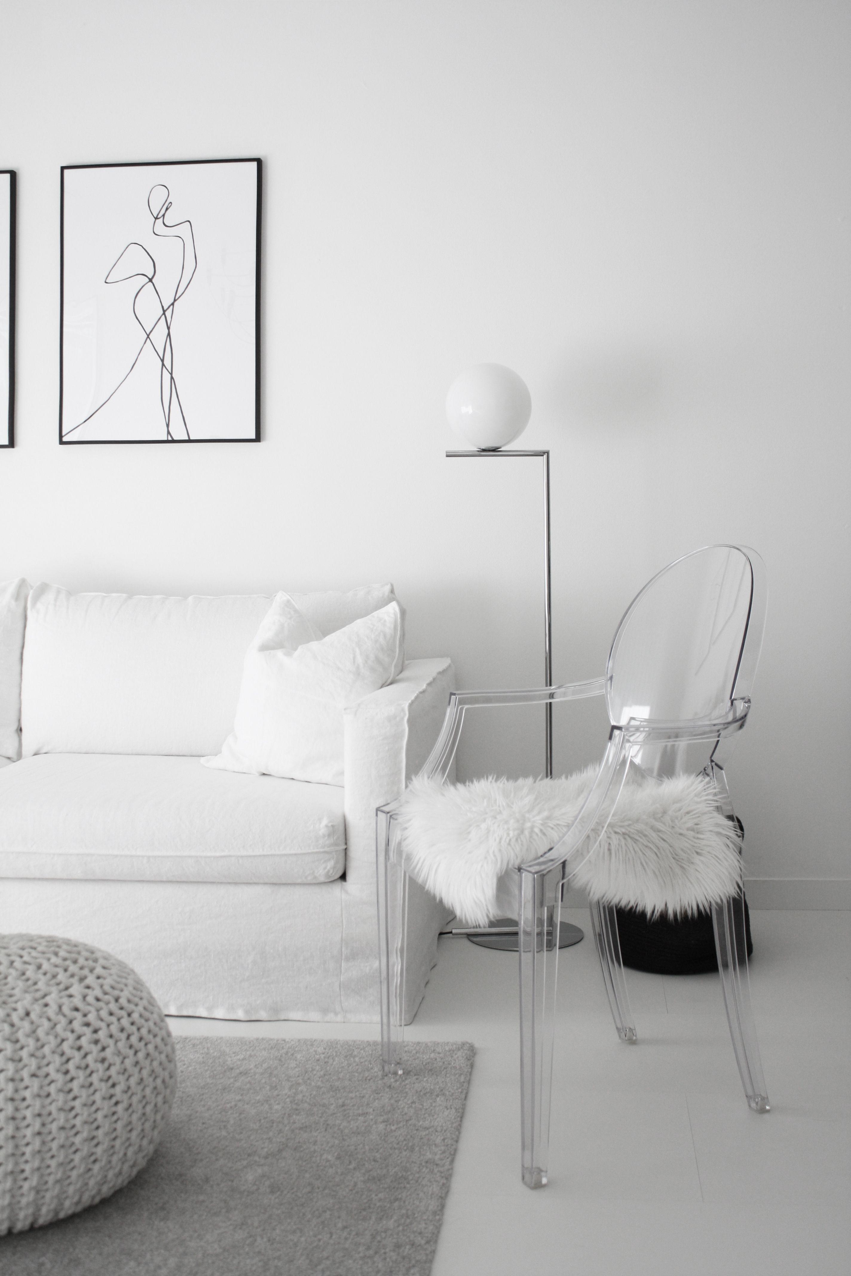 Interior design-ideen wohnzimmer mit tv kartell  louis ghost glasklar  interior  pinterest  lounge