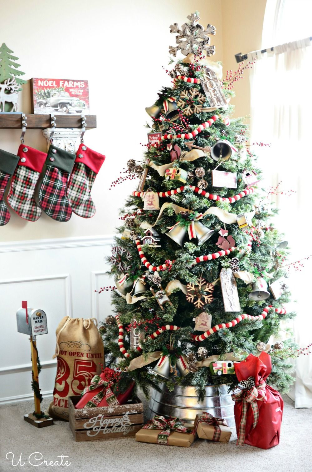 A Country Christmas Tree Arvores De Natal Rusticas Natal