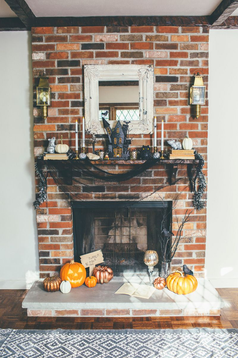 Whimsical Halloween Fireplace Mantel Decor (With images