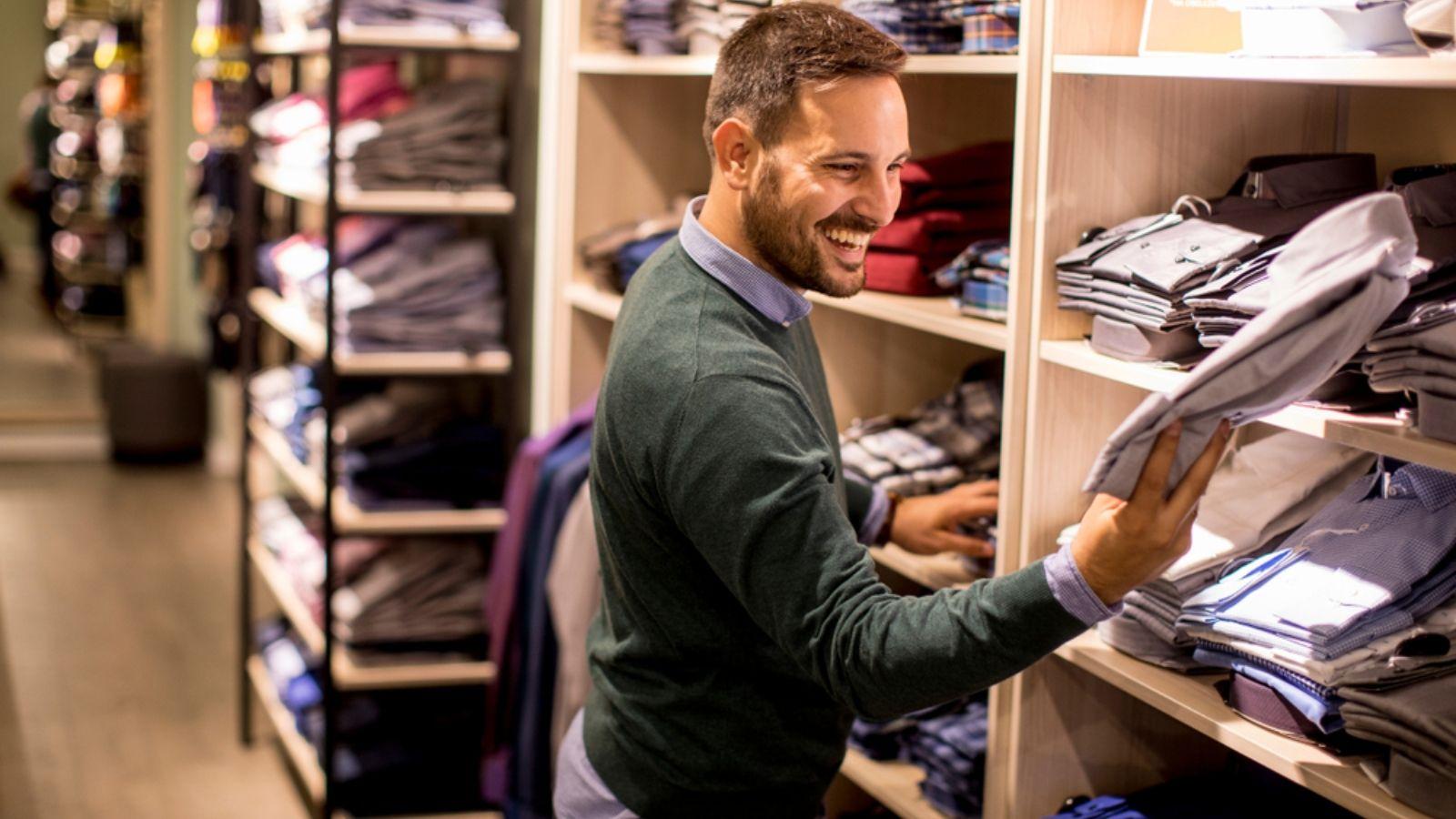 إليك أيها الرجل 4 نصائح لشراء الملابس الخريفية Buy Clothes Clothing Store Photo Editing