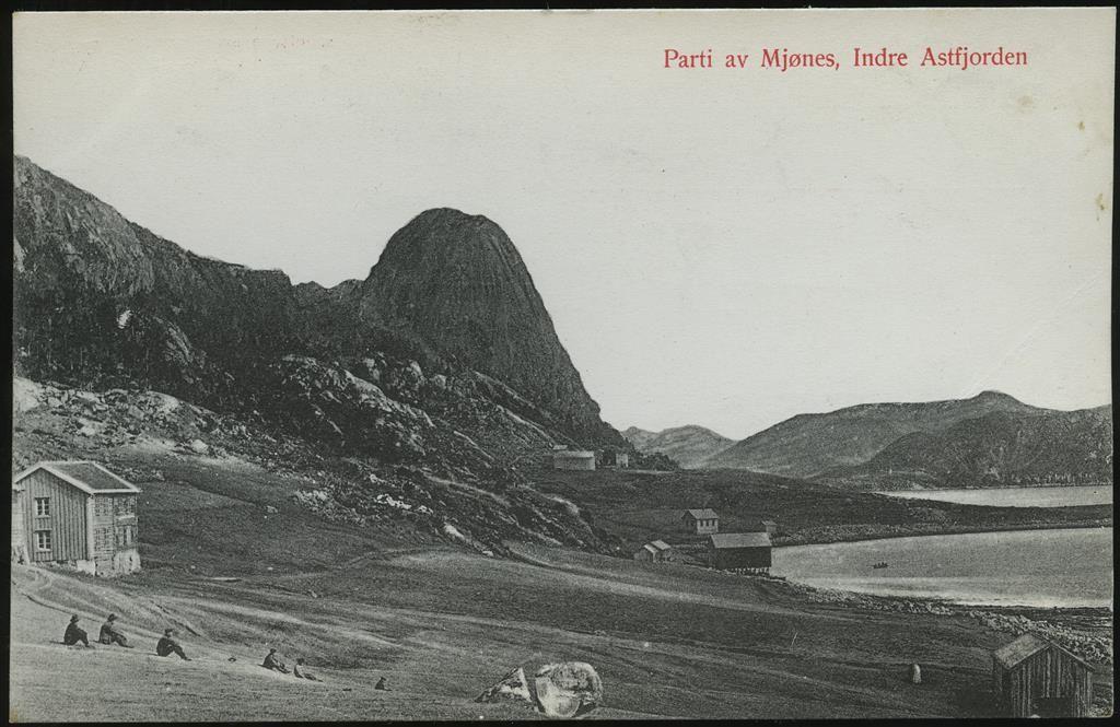 Sør-Trøndelag fylke ÅSTFJORDEN. Parti av Mjønes, uvanlig lokalmotiv utg Johan I. Mjønes/NLR 893 St.P. Stpl. Uttrøndelagens Posteksp. B 1911