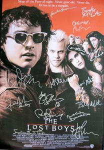 Lost Boys Movie Poster Cast Signed By Corey Haim Corey Feldman Jamie Gertz Jason Patrick Edward Hermma Lost Boys Movie Movies For Boys Horror Movie Posters