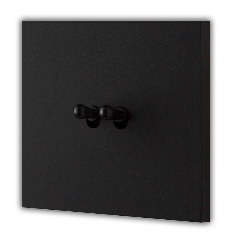 le satin cr ation d sir produits interrupteur laiton. Black Bedroom Furniture Sets. Home Design Ideas