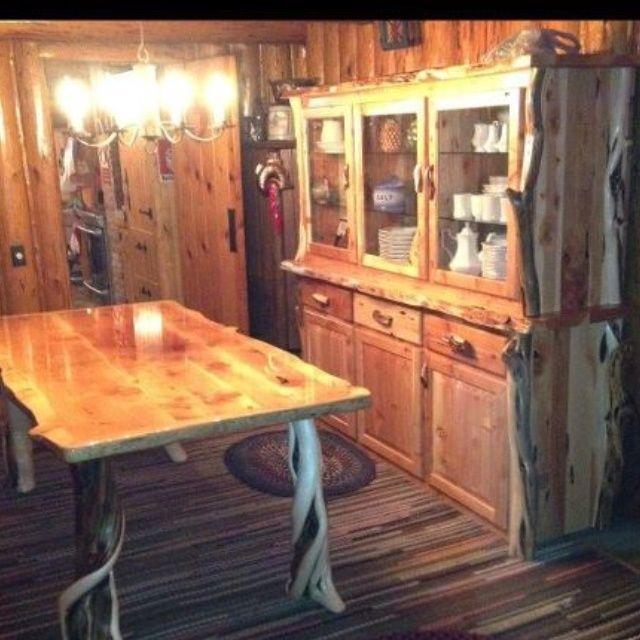 Bon Log Furniture | Oregon Log Furniture