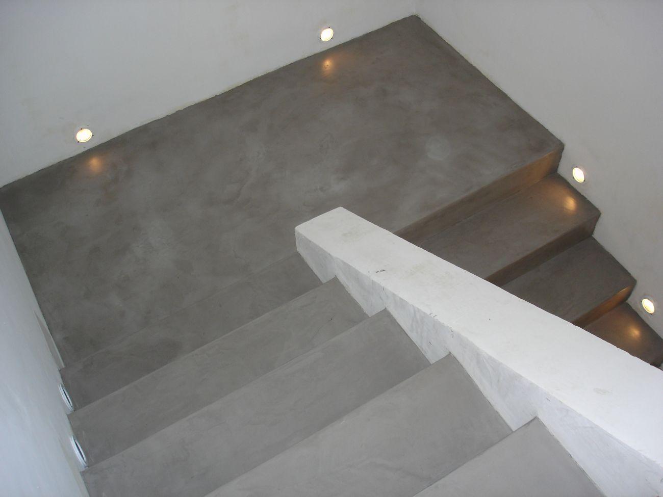 decoration escalier en beton. Black Bedroom Furniture Sets. Home Design Ideas