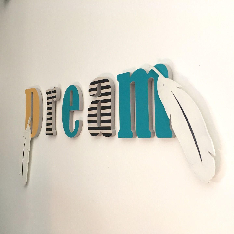 d coration murale inscription lettres dream plumes d corations murales par indien. Black Bedroom Furniture Sets. Home Design Ideas