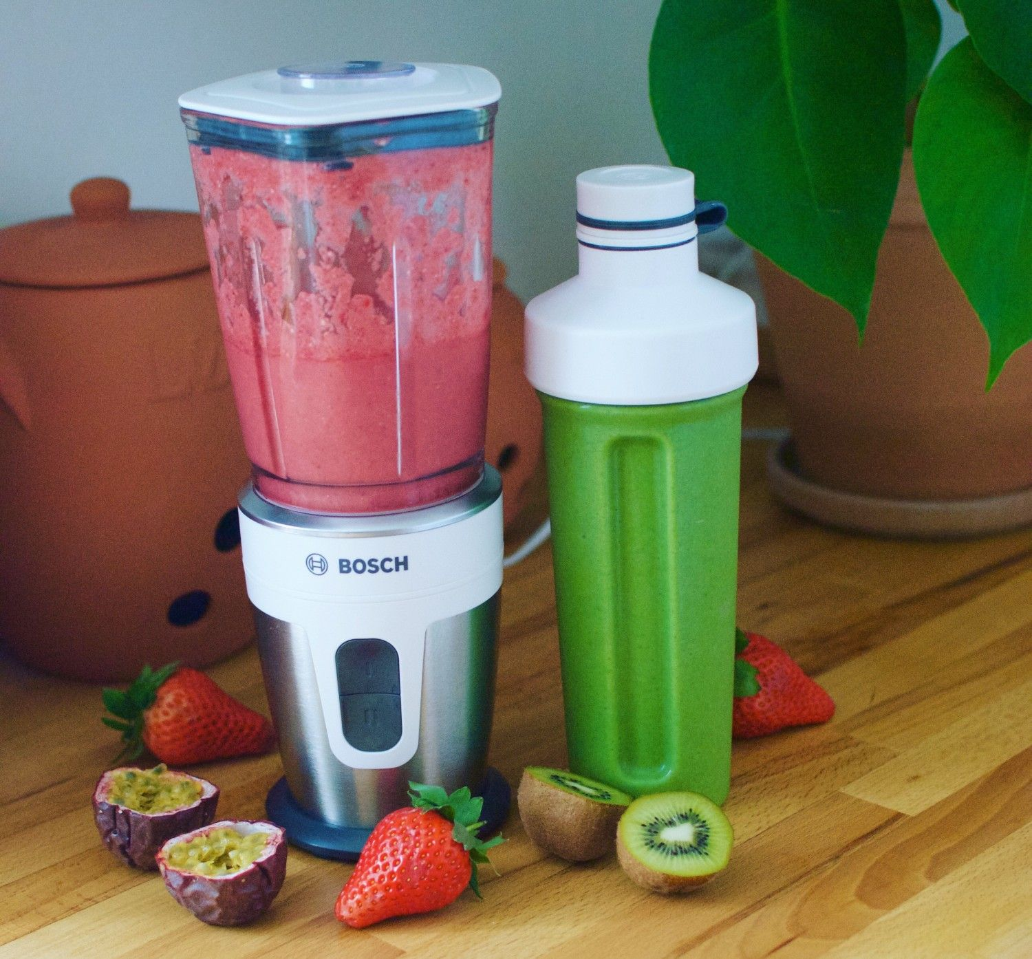 My biggest giveaway yet: Bosch kitchen machine/stand mixer and blender + mine and my sister's favorite workout smoothies