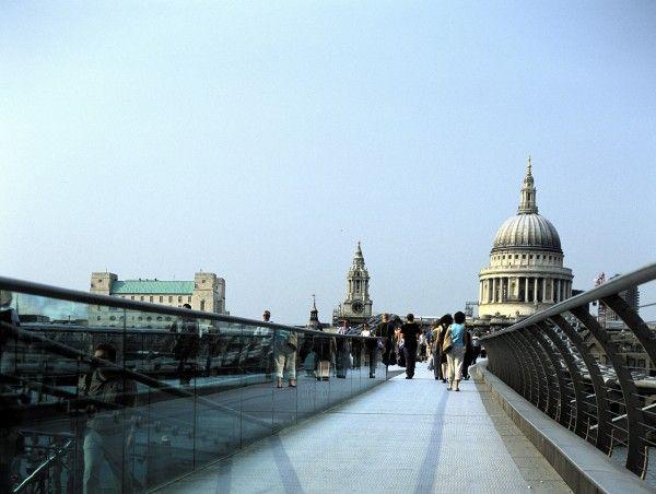 Millennium Bridge In London Harry Potter Locations Harry Potter Locations London London