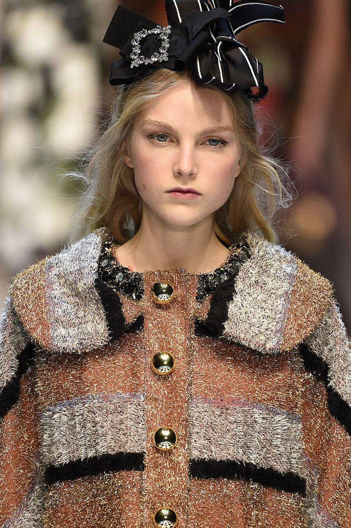 Dolce & Gabbana Fall 2016 Ready-to-Wear - Runway Details - Fashion Unfiltered