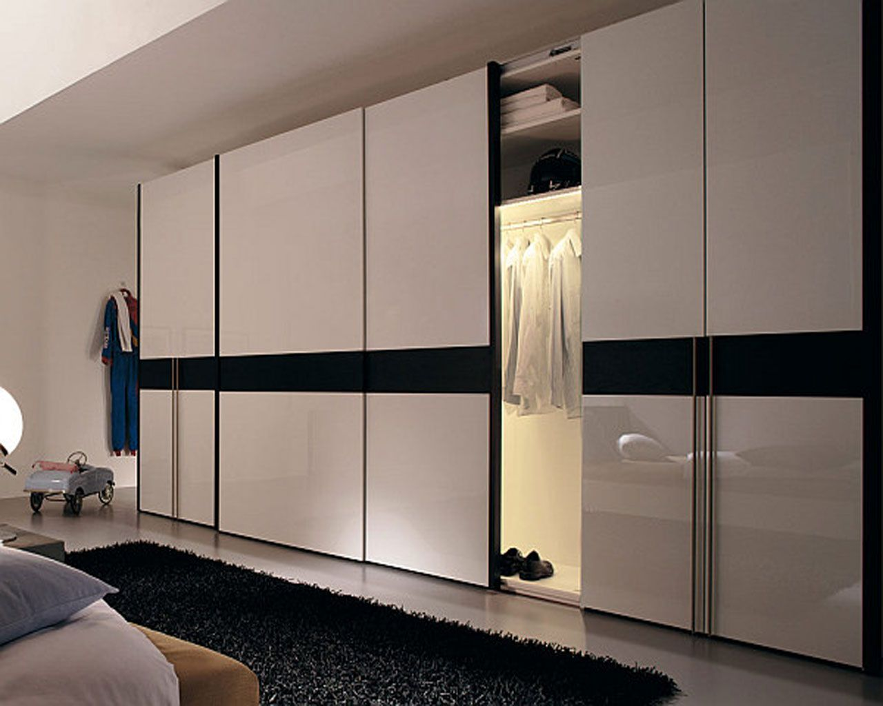 Bedroom furniture wardrobes - Extra Large Wardrobe Design With Sliding Doors And White Gloss Color