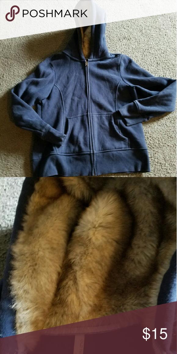 Old Navy heavy Sweatjacket Size XL Old Navy hooded Sweatjacket hood has fur inside. Size XL Old Navy Jackets & Coats