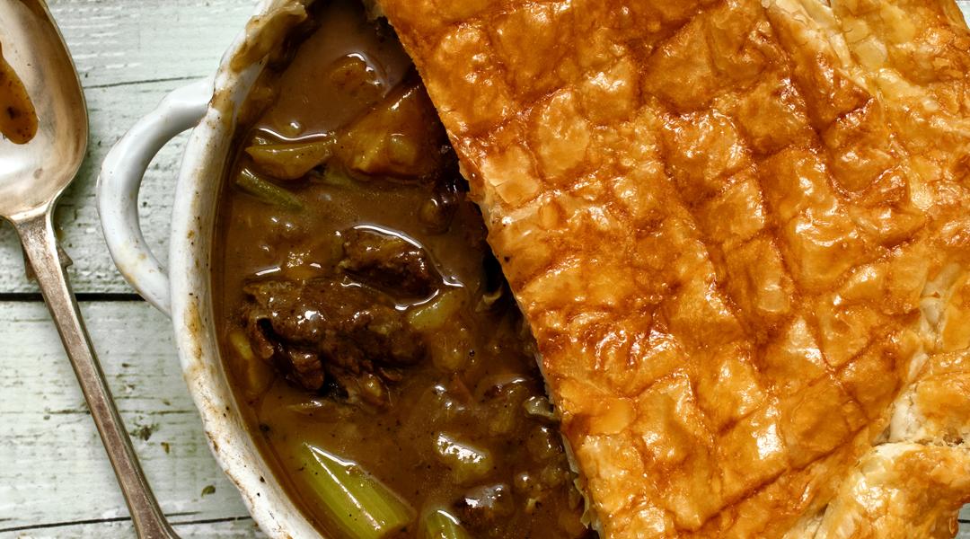 Steak & Guinnes Pie   Recipe   Recipes, Steak pie recipe ...