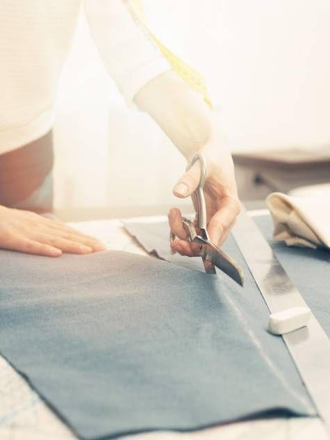 Richtig Zuschneiden Tutorial | Nähen | Sewing, Sewing ...