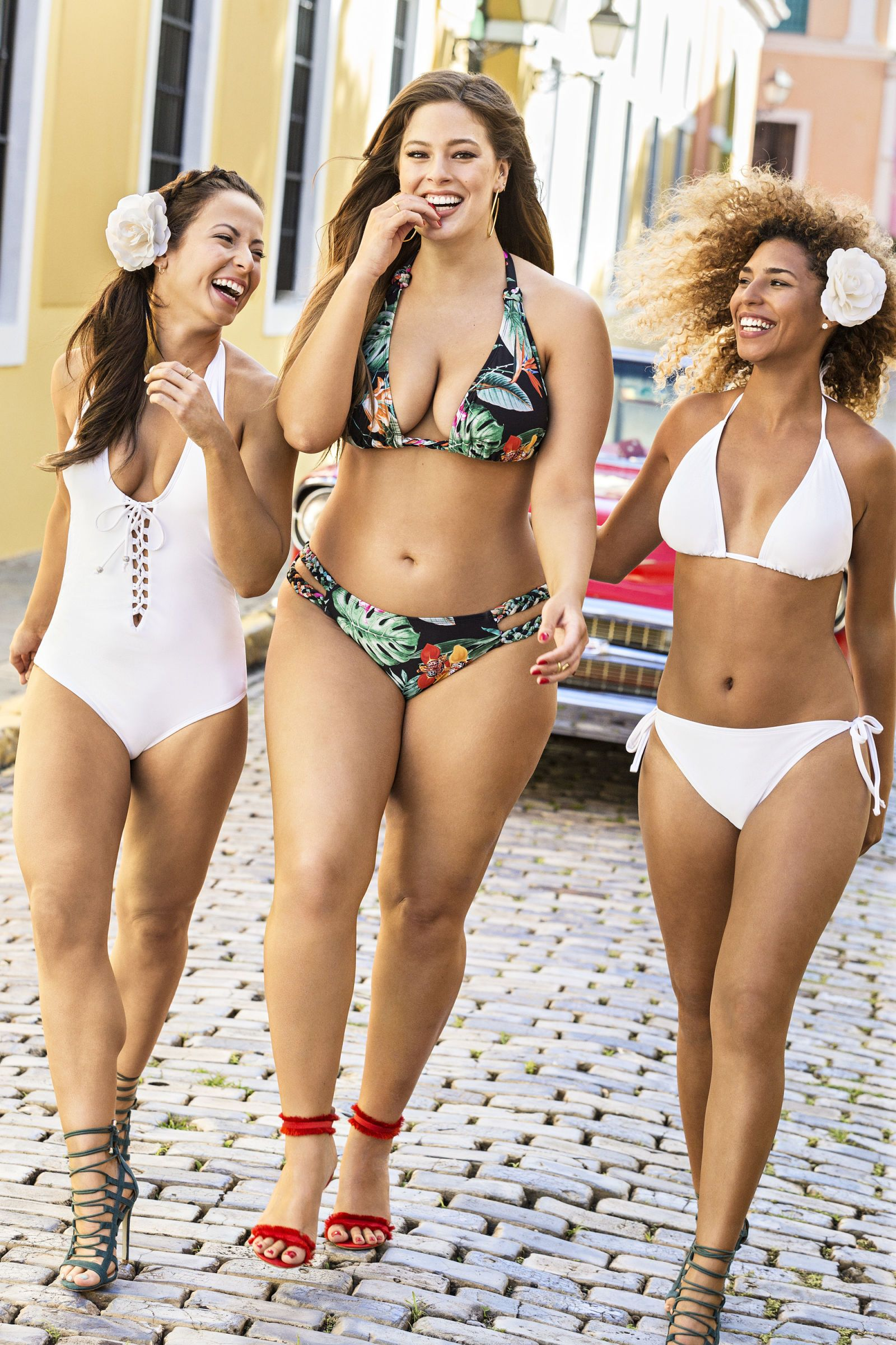 1ec5469ff62 Ashley Graham Recruits Regular Women of All Ages for Her New Swimwear  Campaign - ELLE.com