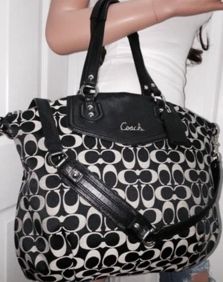 480dcf509c1b Bag · Coach Large! Nwt-rare Ashley Signature