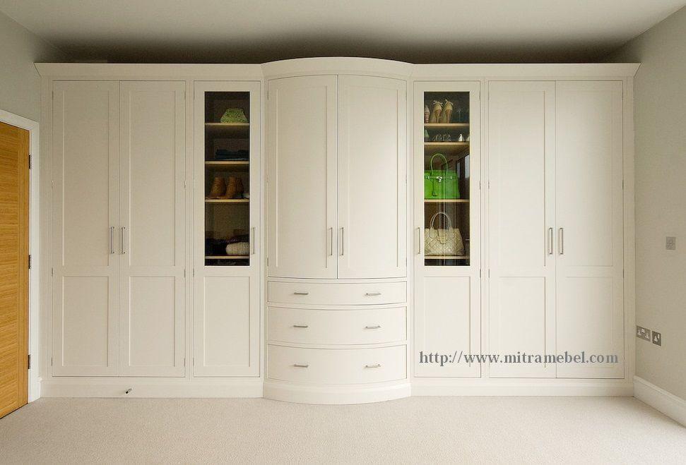 Desain Lemari Jumbo 8 Pintu Cat Duco Putih Yang Kami