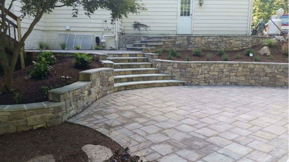 Paver Patio Retaining Walls And Stairs By Stewart