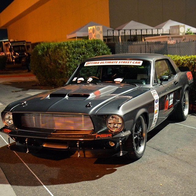 Clean Pro Touring Mustang