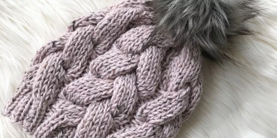 Chunky Braided Beanie - ZoeCreates | Beanie knitting ...