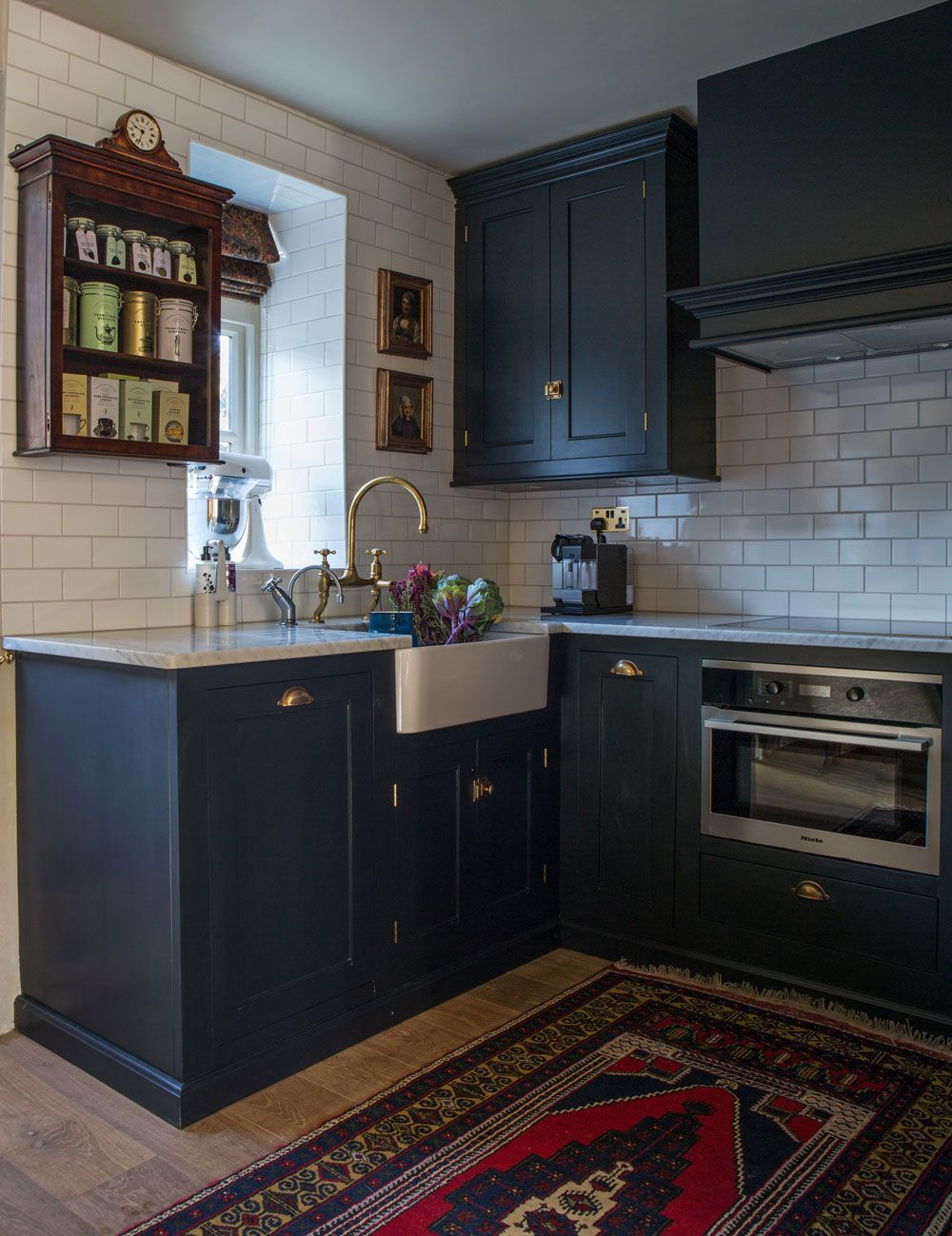 Best A Beautiful Devol Classic English Kitchen In Pantry Blue 400 x 300