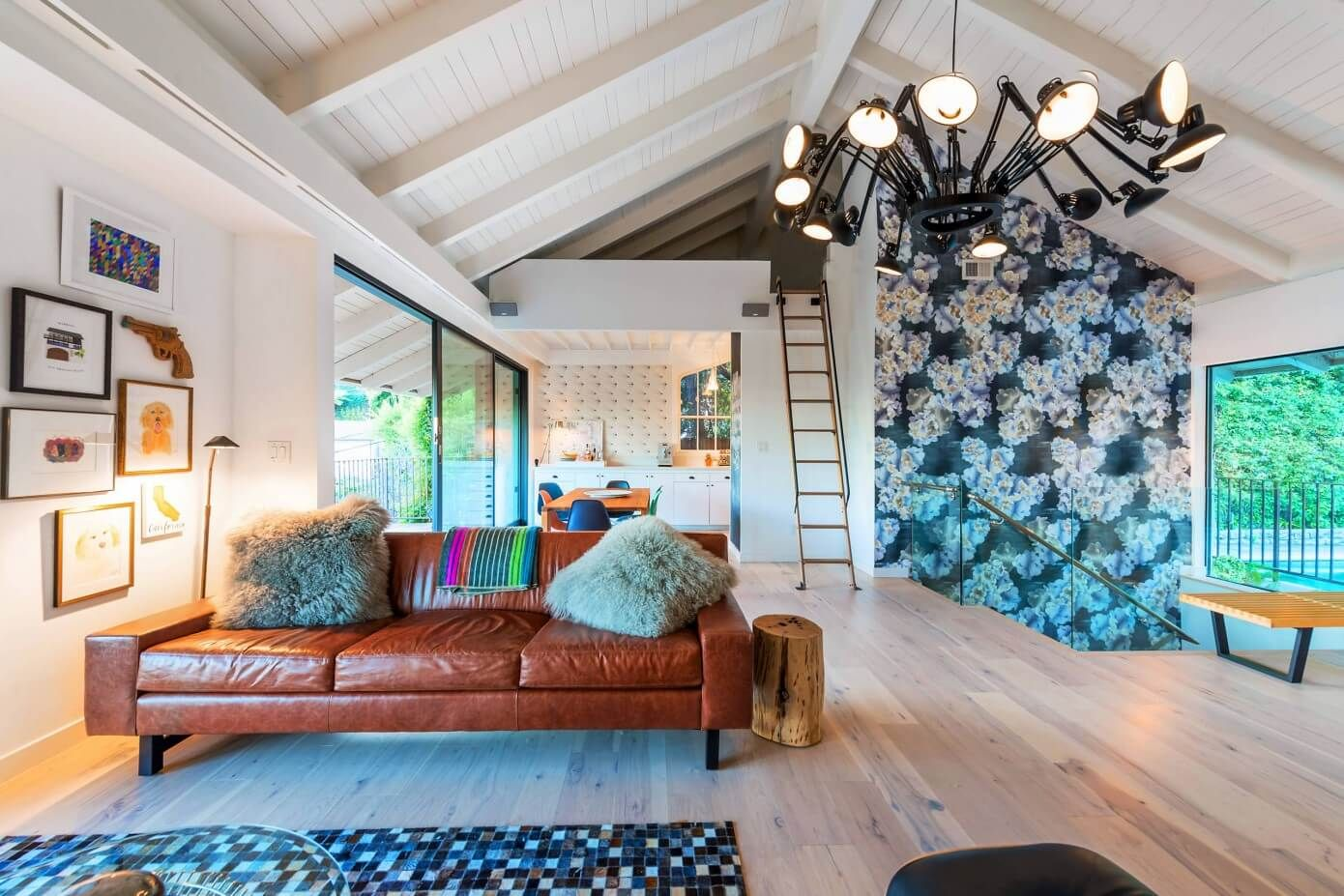 House in hollywood hills by jac interiors hollywood hills