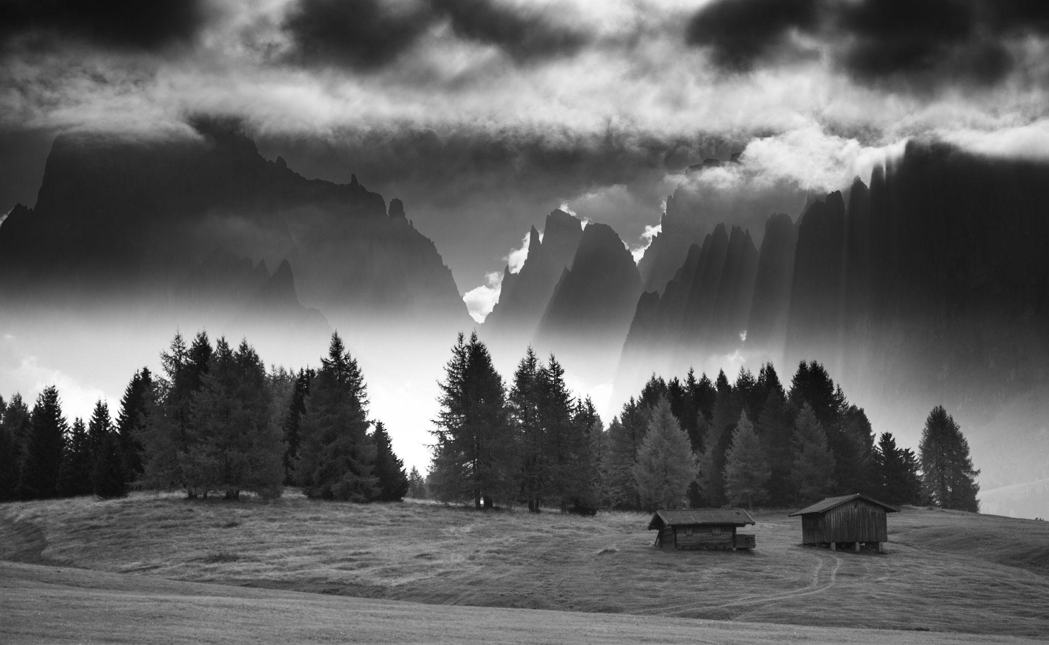 Impressive mood on Alpe di Suisi