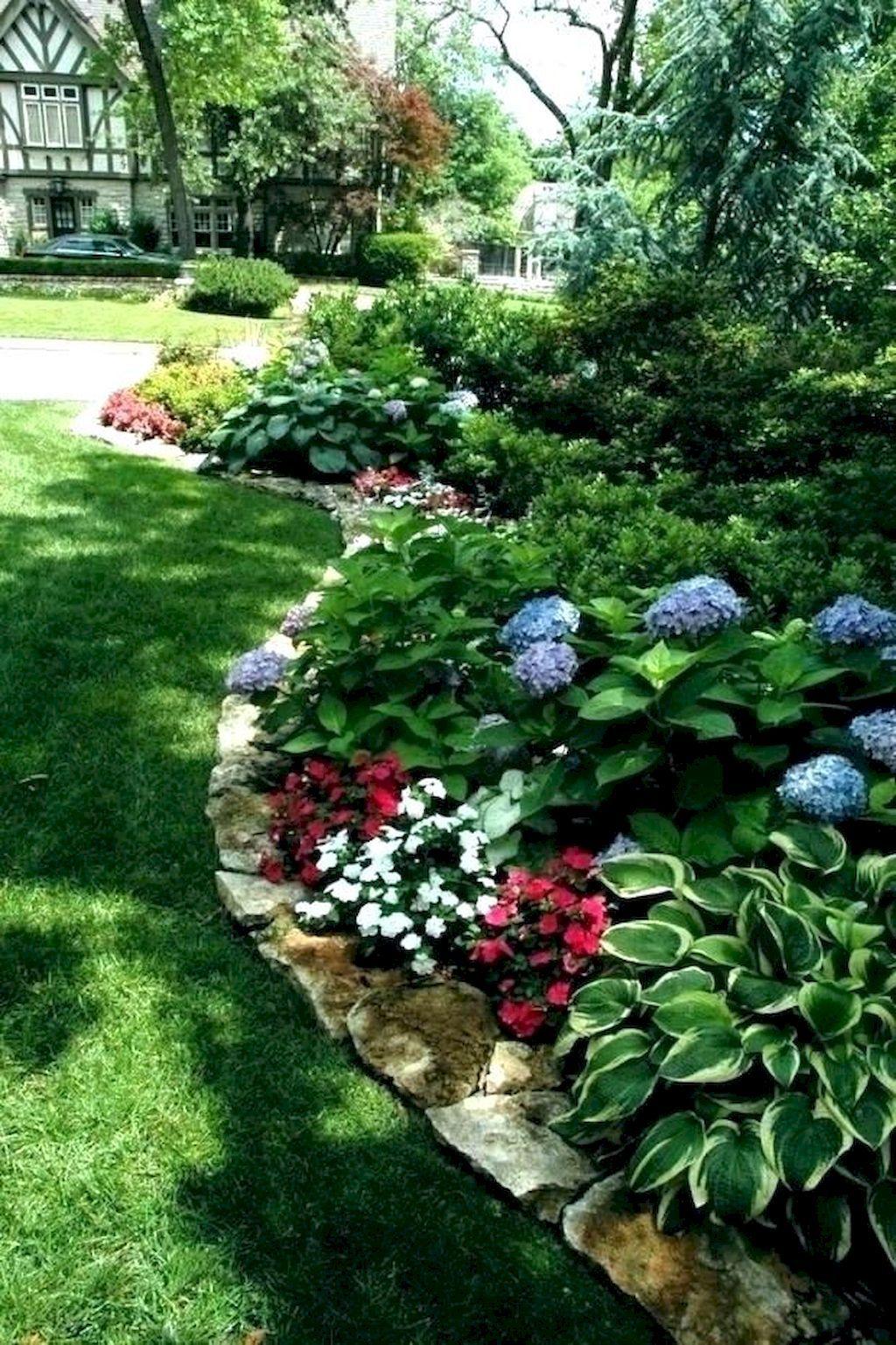70 Beautiful and Creative Flower Bed Desgin Ideas for Garden #flowerbeds