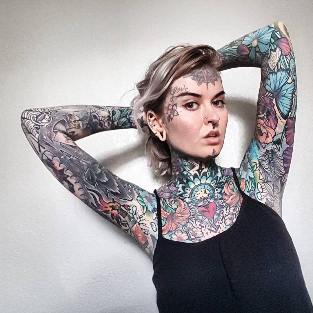 nuevers Face tattoos, Girl tattoos, Face tattoo