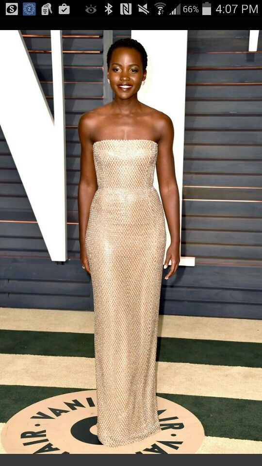 Lupita Nyong'o Vanity Fair Oscar party 2015.