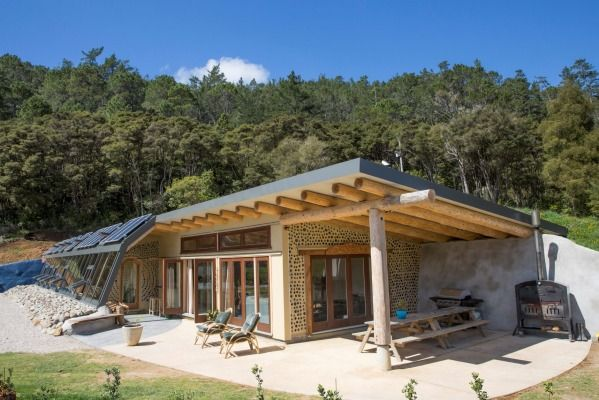 Grand Designs Earth House Highlights An Off The Grid