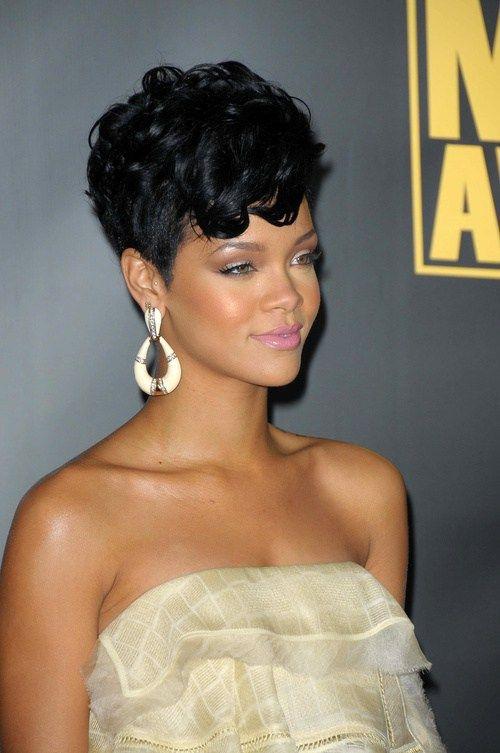 60 Most Delightful Short Wavy Hairstyles Short Wavy Hair Short Hair Styles Short Hair With Layers