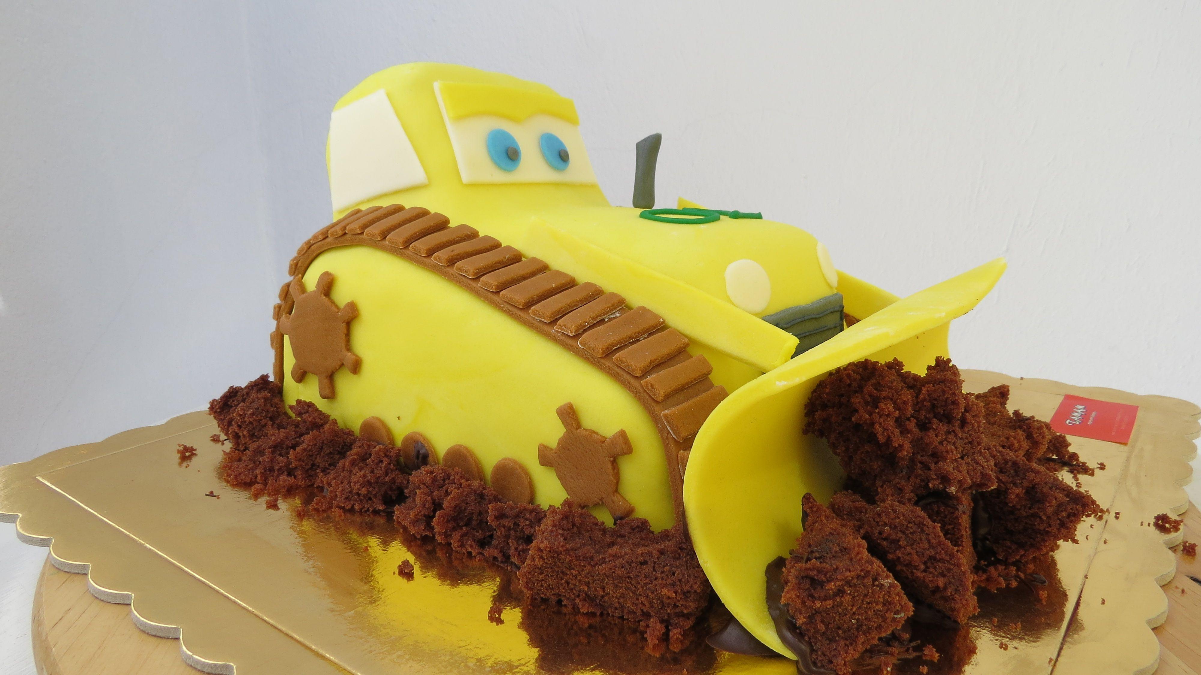 3D cake 3D cake bulldozer Pinterest