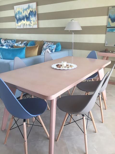 Salle  manger – table  manger – chaises – design – deco