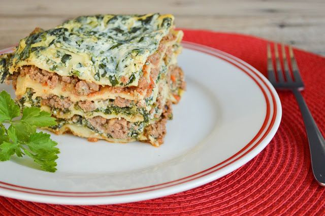 hot dog it s a food blog lasagna bolognese with spinach ricotta