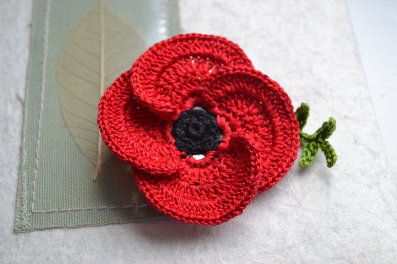 Crochet poppy red 3d flower Brooch Pin Cotton di ...